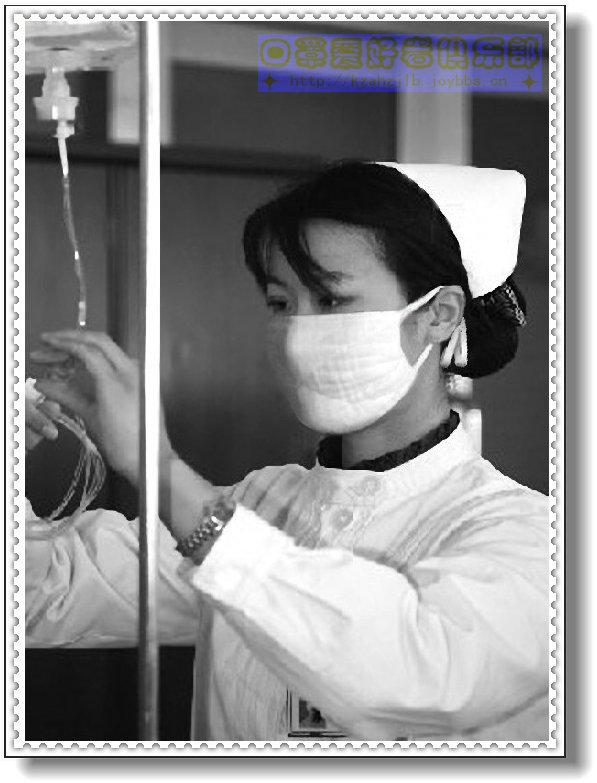 女护士工作照