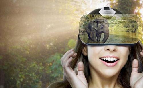 图1、VR眼镜体验