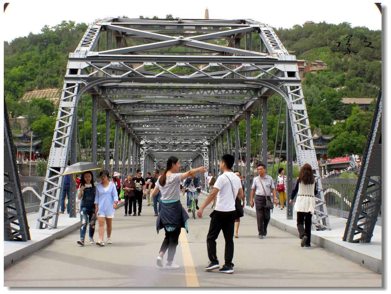【原创】铁桥上的抓拍-3