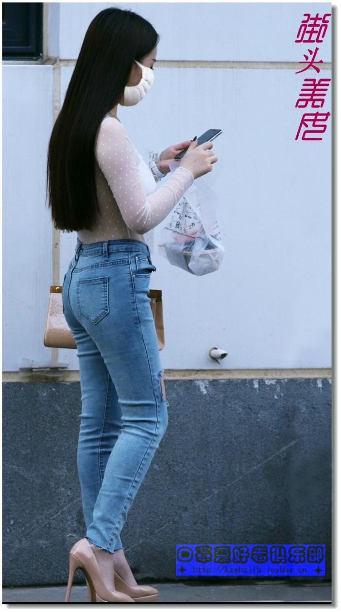 【原创】穿乞丐裤的美女 -1